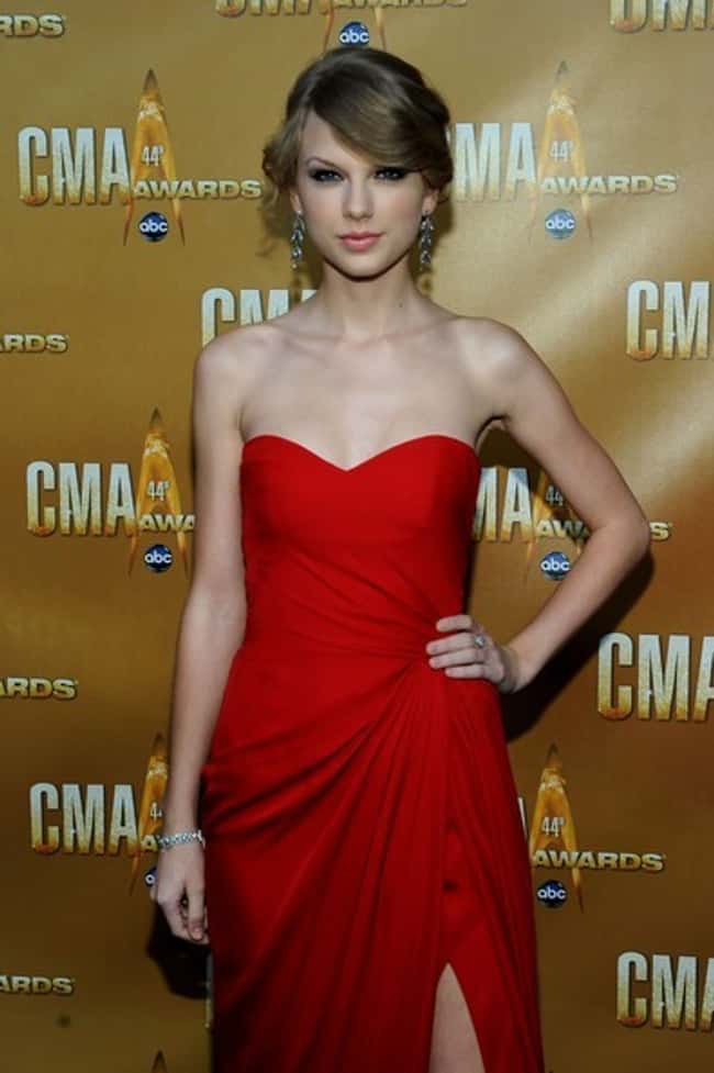 Taylor Swift in a Jessica Rabb is listed (or ranked) 15 on the list The 26 Hottest Taylor Swift Pictures