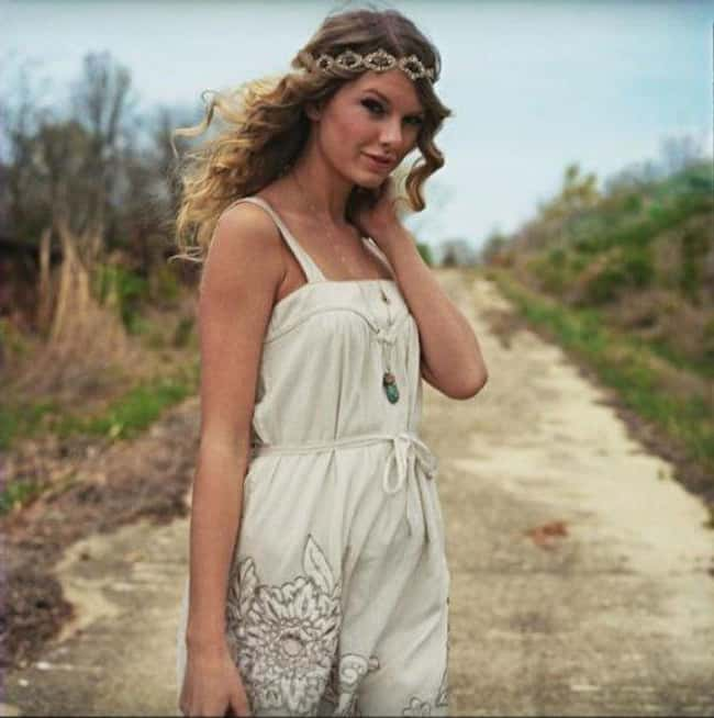Taylor Swift in White Sundress is listed (or ranked) 26 on the list The 26 Hottest Taylor Swift Pictures