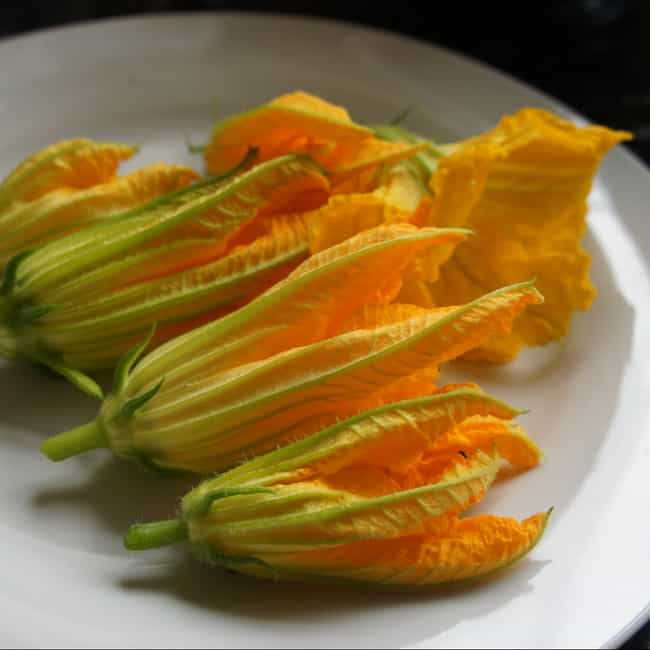 Courgette flowers is listed (or ranked) 4 on the list Vegetables That Are Technically Flowers