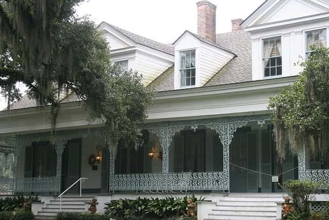 Chloe and the Myrtles Plantati is listed (or ranked) 6 on the list The 13 Most Convincing Real-Life Ghost Stories