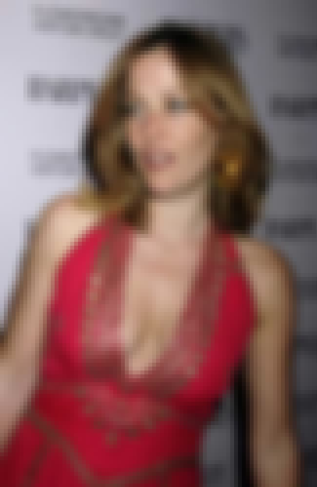 Sexy Gillian Anderson Photos  Near-Nude Gillian Anderson Pics Page 3-1633