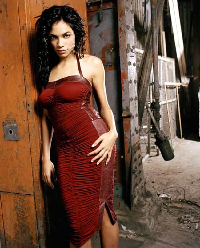 The 21 Hottest Rosario Dawson Photos Ever-9270
