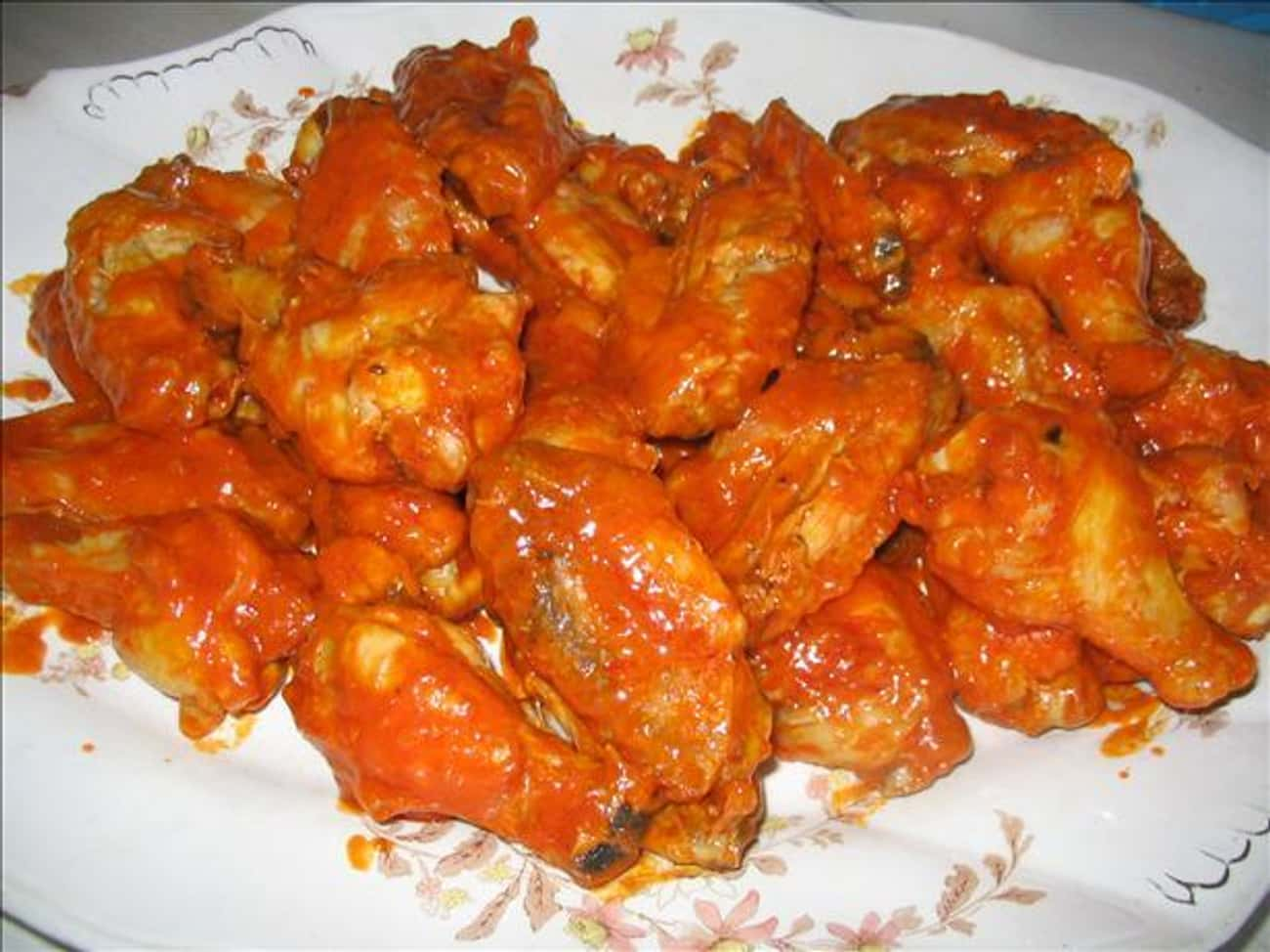 Applebee's Chicken Wings is listed (or ranked) 3 on the list Best Applebee's Menu Recipes
