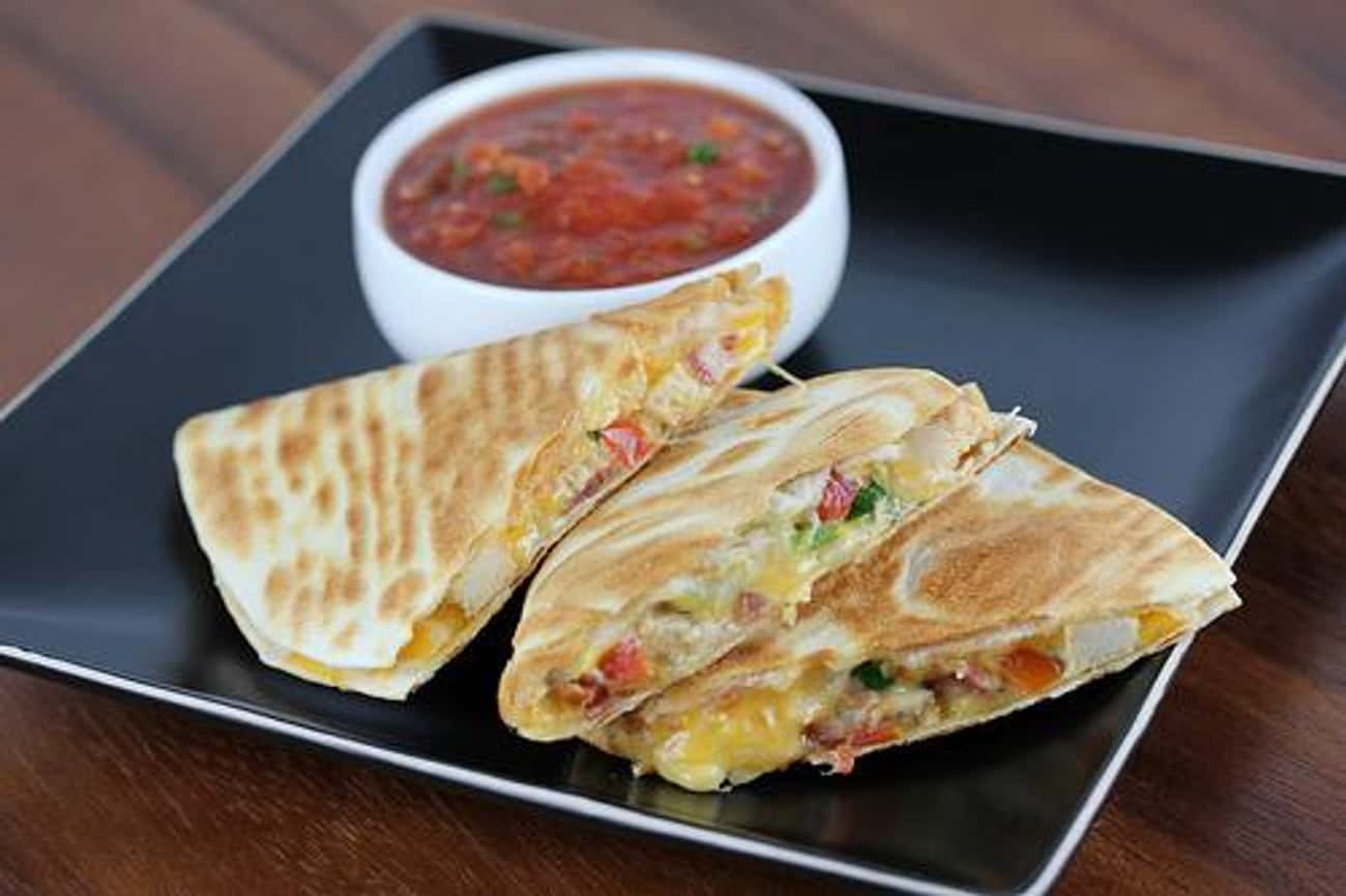Applebee's Chicken Quesadilla  is listed (or ranked) 1 on the list Best Applebee's Menu Recipes