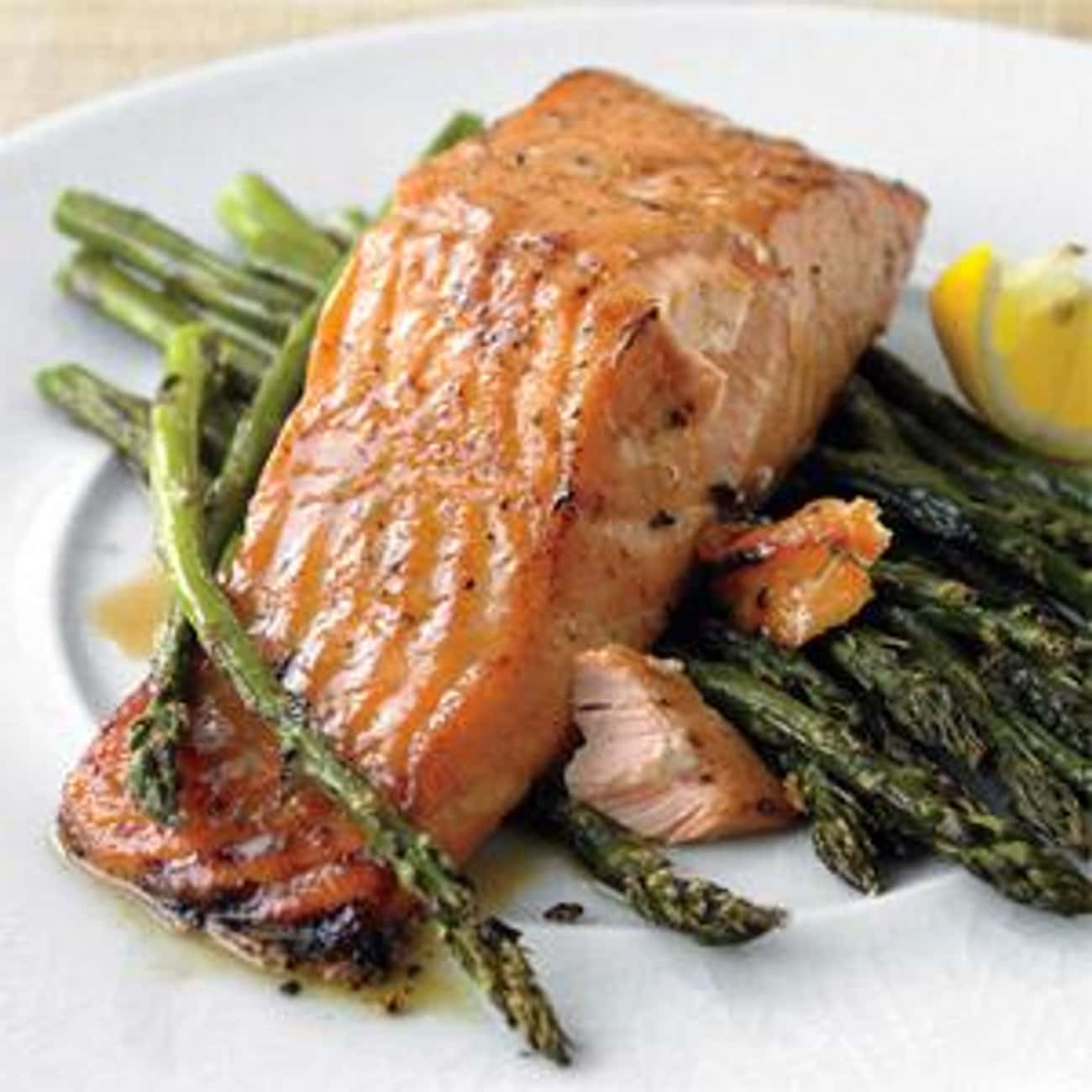 Applebee's Broiled Salmon with is listed (or ranked) 4 on the list Best Applebee's Menu Recipes