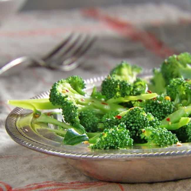 Steamed Broccoli with Sh... is listed (or ranked) 4 on the list The Best Black Angus Steakhouse Recipes
