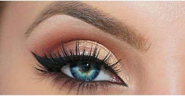 Peach is listed (or ranked) 4 on the list The Best Eyeshadow for Blue Eyes