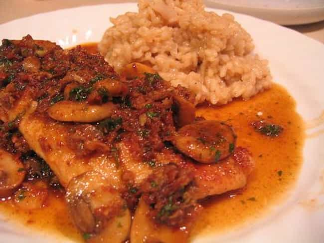 Chicken Marsala is listed (or ranked) 4 on the list Romano's Macaroni Grill Recipes