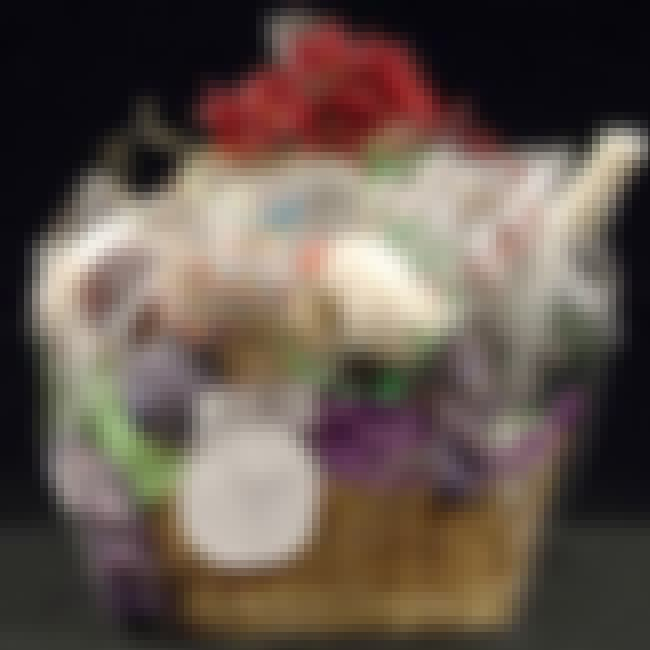 Crafting Themed Basket is listed (or ranked) 1 on the list The Top Ten Bridal Shower Prize Basket Ideas