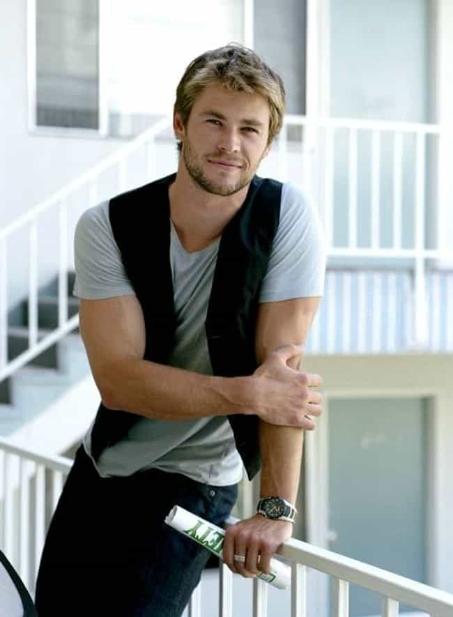 Chris Hemsworth in Black Chale... is listed (or ranked) 2 on the list Hot Chris Hemsworth Photos