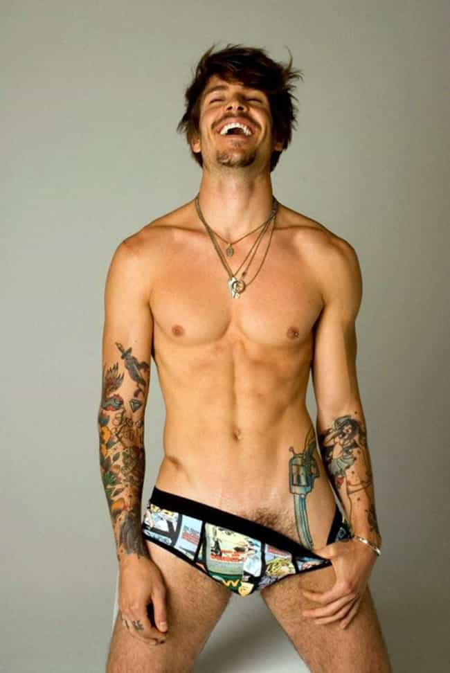 Mateus Verdelho in Printed Pop... is listed (or ranked) 3 on the list Hot Mateus Verdelho Photos