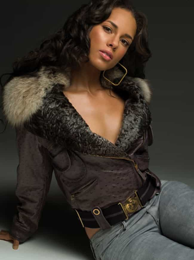 Alicia Keys in Zip through Jac... is listed (or ranked) 3 on the list The Hottest Alicia Keys Photos