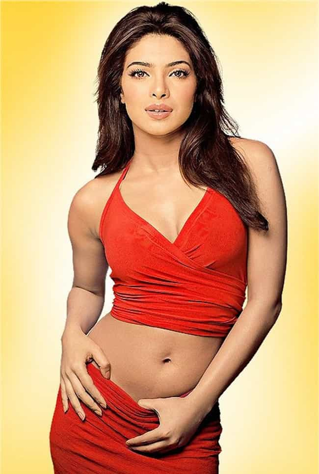 Naked breast of priyanka chopra 3