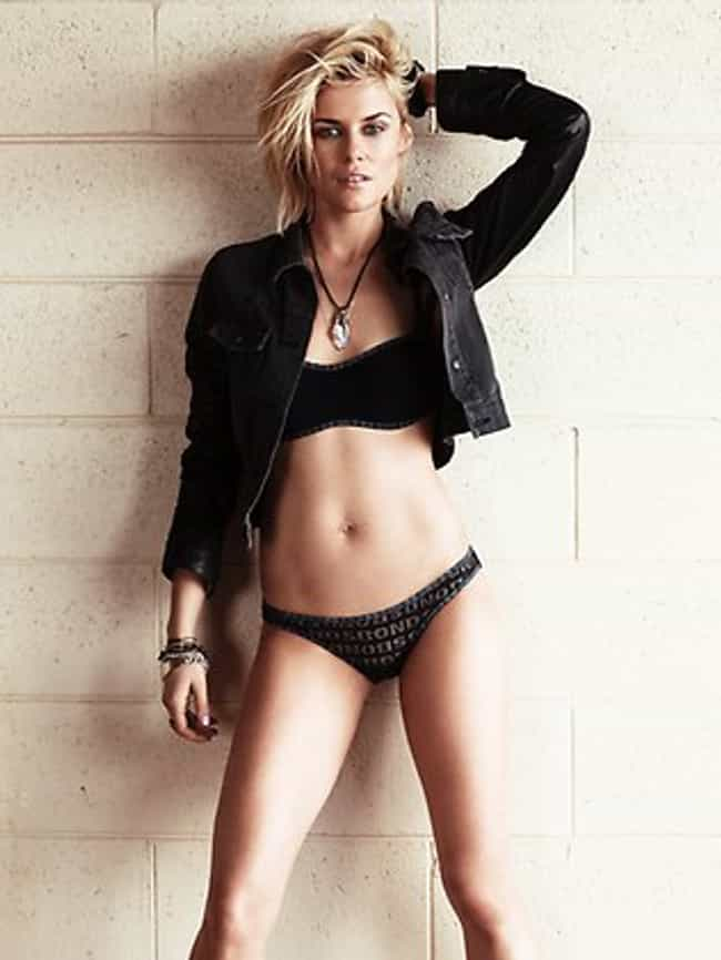 Rachael Taylor in Bandeau Top ... is listed (or ranked) 2 on the list Hottest Rachael Taylor Photos