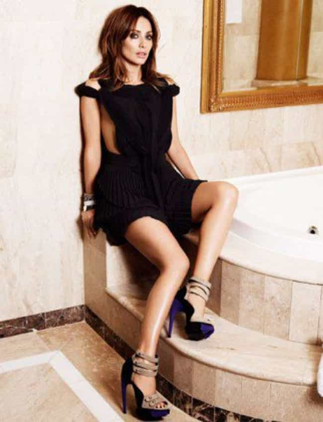 Natalie Imbruglia in Midi Dres... is listed (or ranked) 4 on the list Hottest Natalie Imbruglia Photos