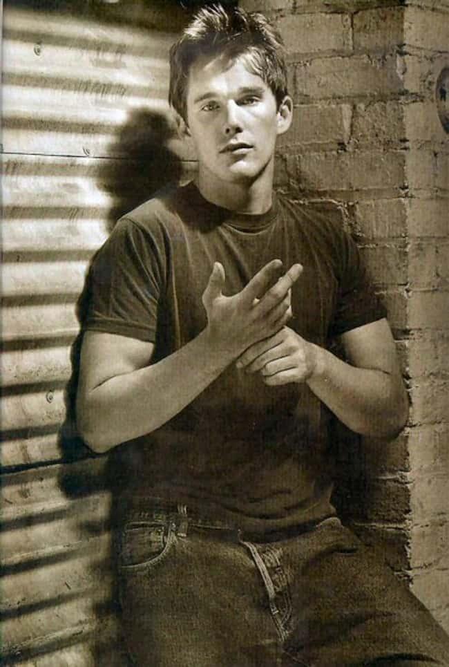 Shirtless Jim Parsons | Hot Pics, Photos and Images