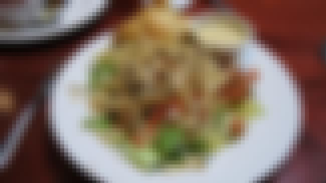 Hawaiian Chicken Salad is listed (or ranked) 4 on the list Cheddar's Casual Cafe Recipes