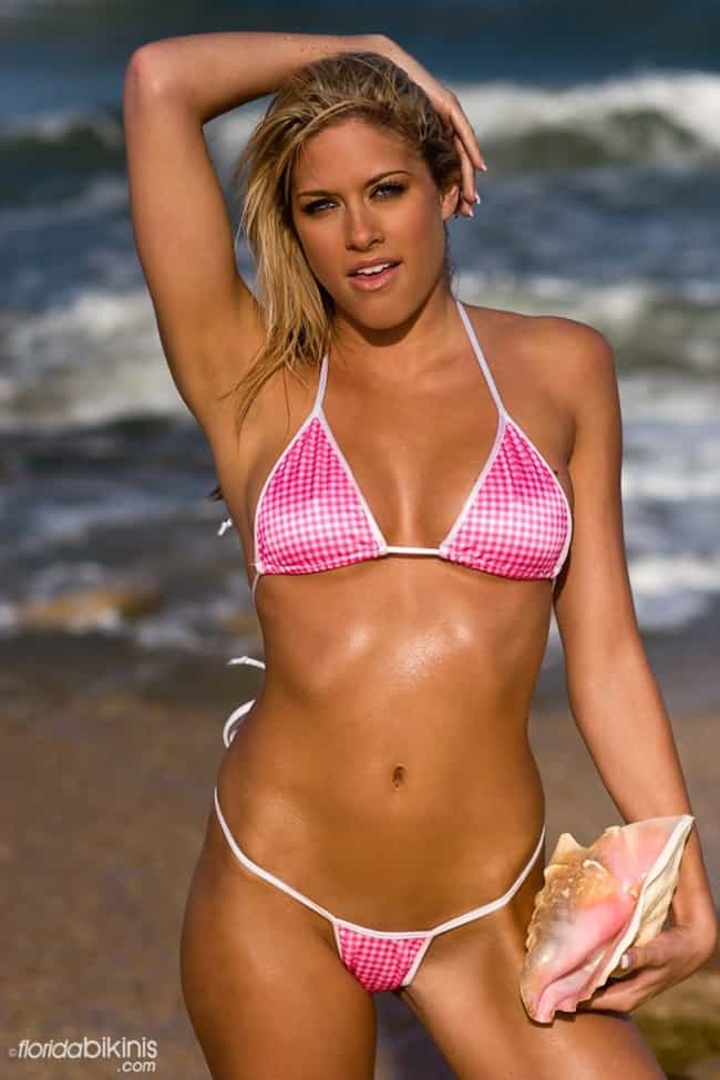Kelly Kelly Holding a Sea Vagi... is listed (or ranked) 3 on the list The Sexiest Kelly Kelly Pictures of All Time