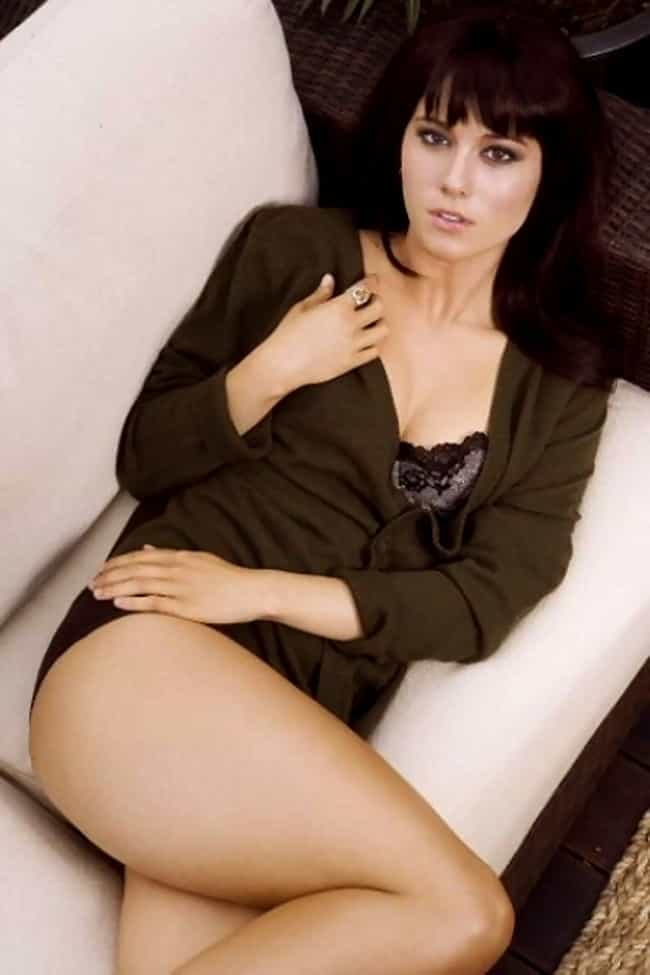 Mary Elizabeth Winstead in Kni... is listed (or ranked) 4 on the list The Hottest Mary Elizabeth Winstead Photos