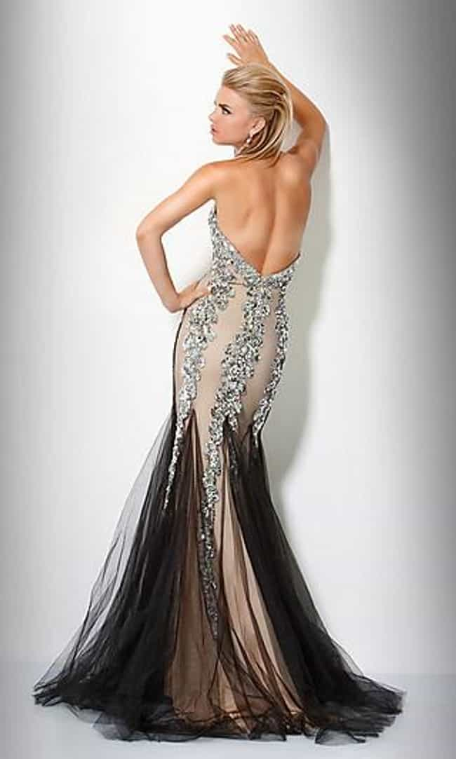 Designer Prom Dresses 2012: Photo List of Hot Couture Looks for Prom