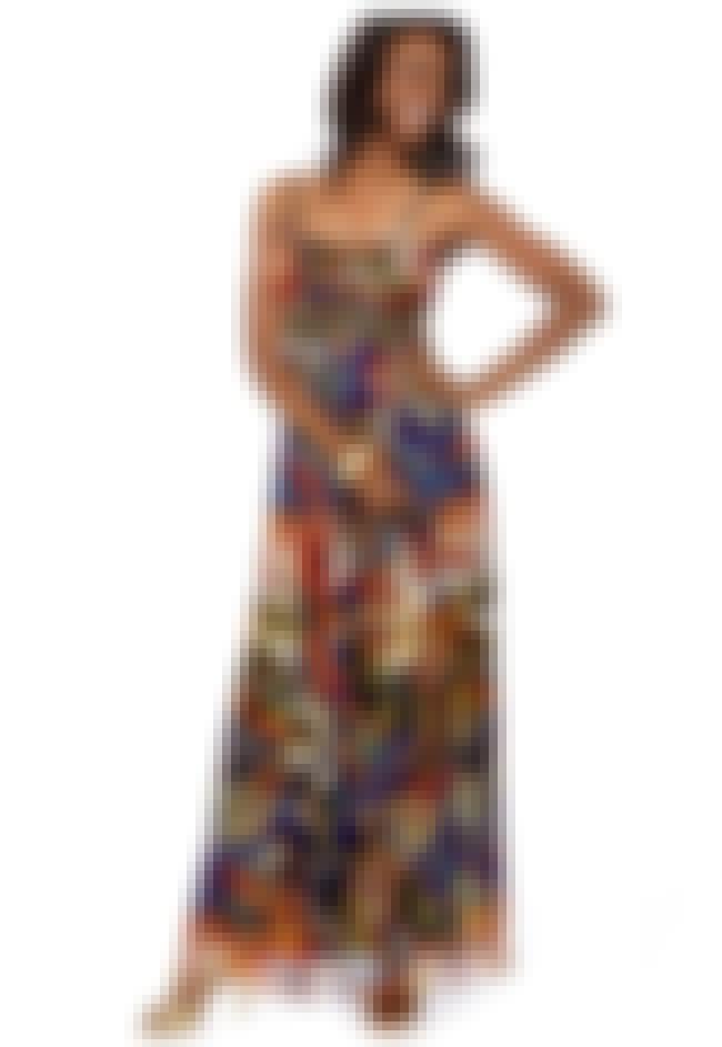Oleg Cassini Plus Size Metalli... is listed (or ranked) 2 on the list Plus-Size Prom Dresses