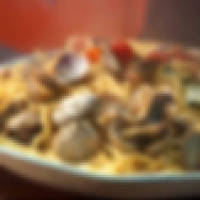 Clam Sauce is listed (or ranked) 3 on the list Old Spaghetti Factory Recipes