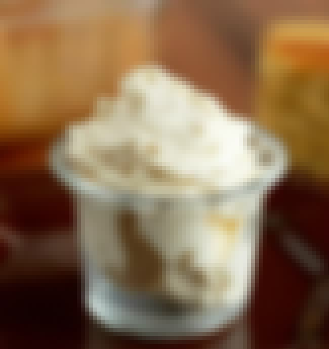 Whipped Honey Butter is listed (or ranked) 3 on the list Logan's Roadhouse Recipes