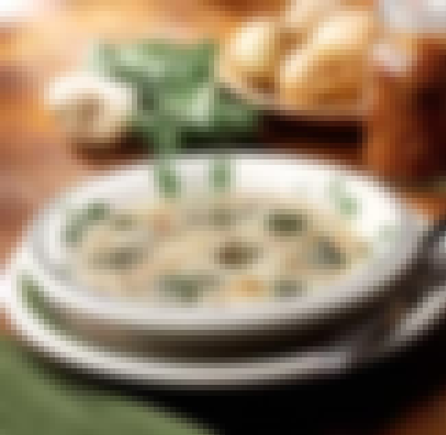 Zuppa Toscana is listed (or ranked) 1 on the list Olive Garden Recipes