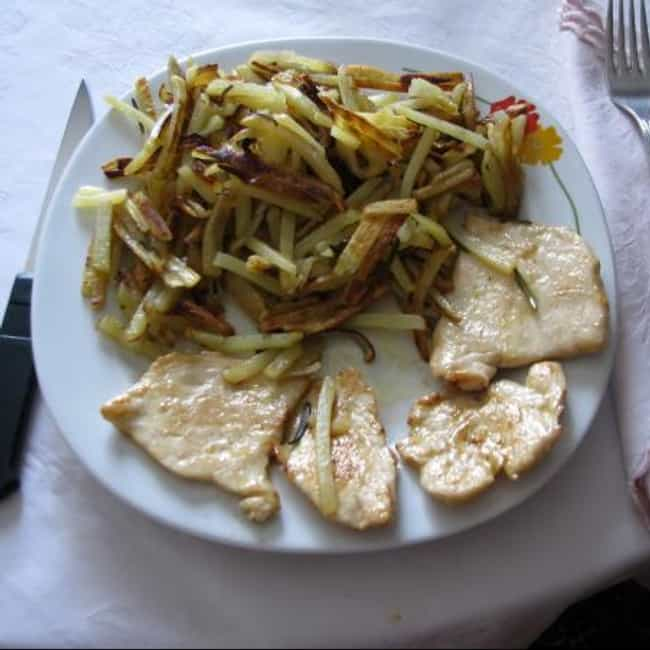 Scaloppine de Pollo is listed (or ranked) 3 on the list Romano's Macaroni Grill Recipes