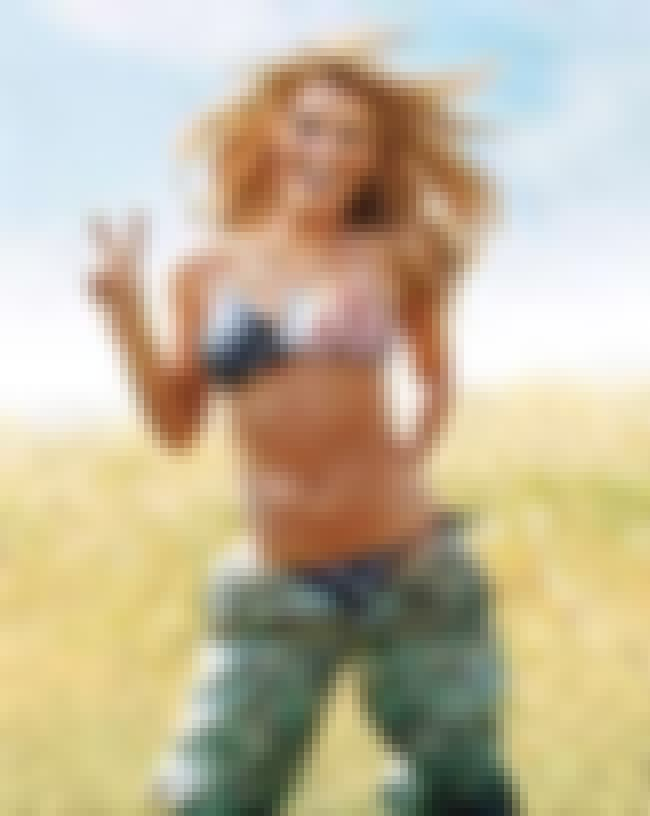 Jessica Simpson in american fl... is listed (or ranked) 4 on the list Jessica Simpson Bikini Pictures