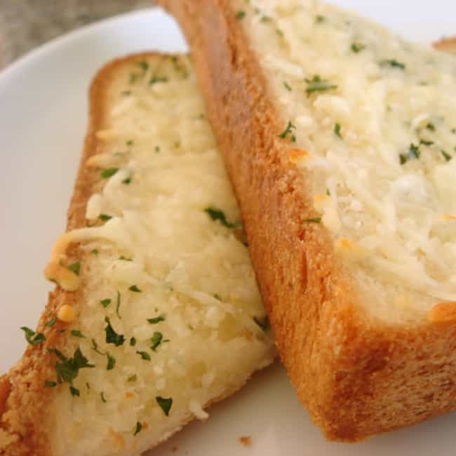 Cheese Toast is listed (or ranked) 3 on the list Sizzler Recipes