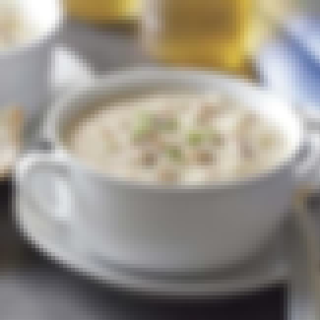 Clam Chowder is listed (or ranked) 2 on the list Sizzler Recipes
