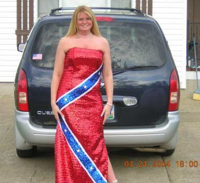 Most Ugly Wedding Dresses: List Of Worst Prom Fashion Disasters
