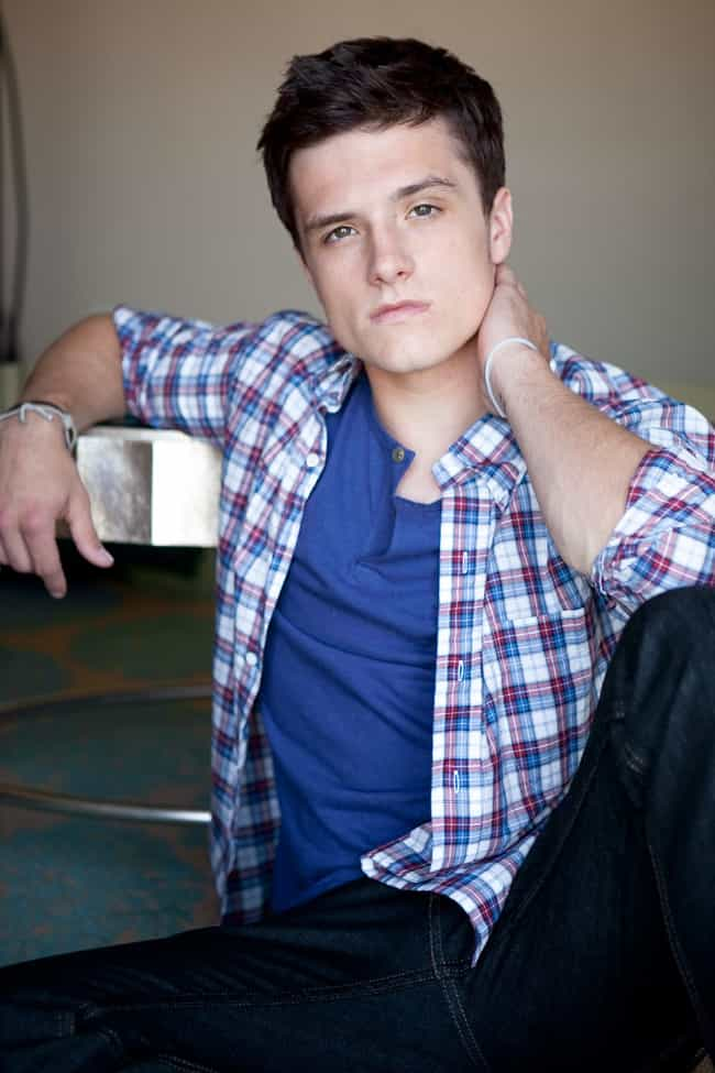 Shirtless Josh Hutcherson | Hot Pics, Photos and Images