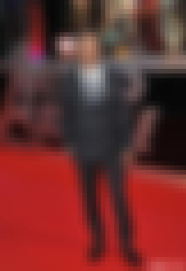 Shirtless Mark Ruffalo...