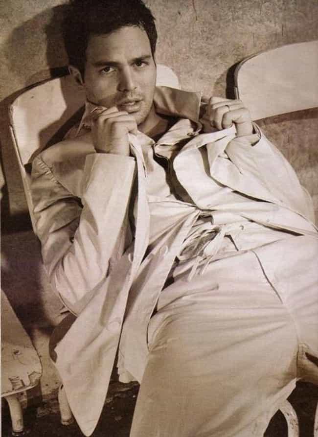 Mark Ruffalo in Double Long Sl... is listed (or ranked) 4 on the list Hot Mark Ruffalo Photos