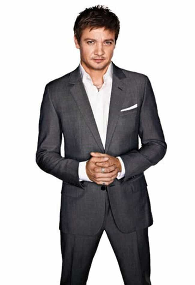 Jeremy Renner in 2 Butto... is listed (or ranked) 7 on the list Hot Jeremy Renner Photos
