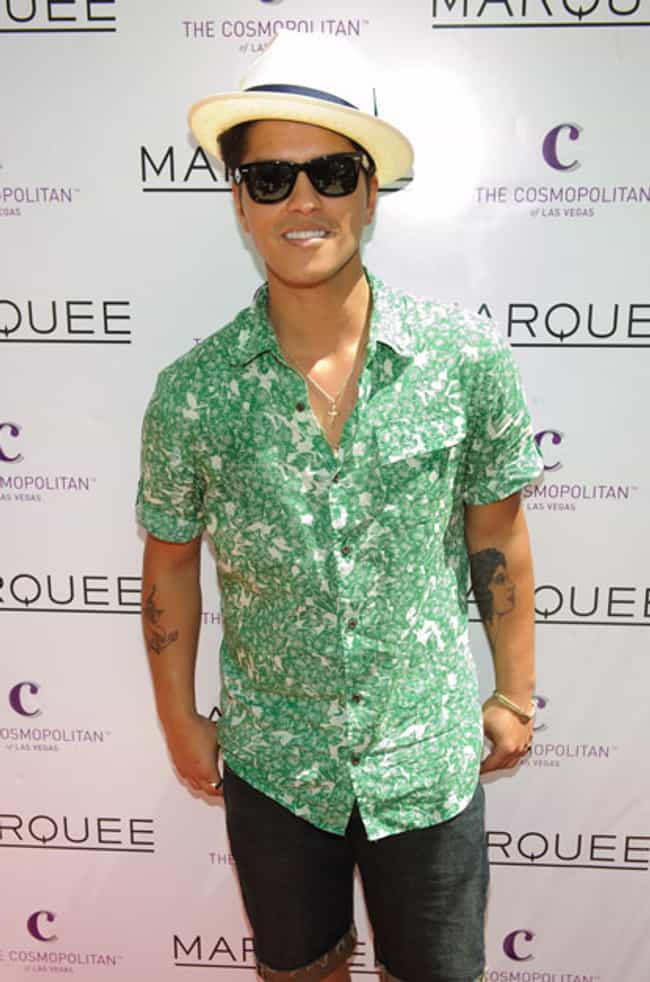 Bruno Mars in Hawaiian P... is listed (or ranked) 2 on the list Hot Bruno Mars Photos