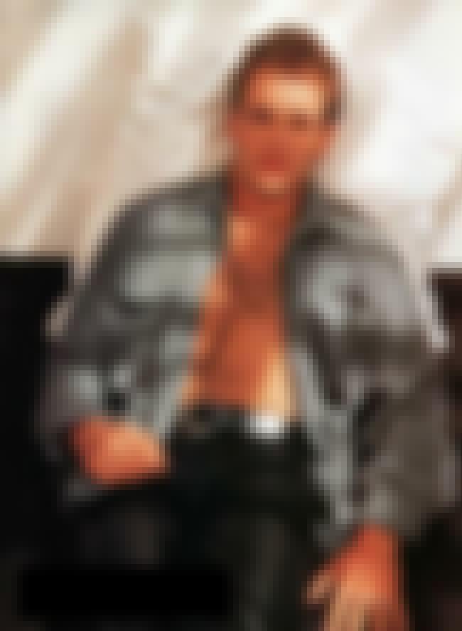 Jonny Lee Miller in Monday Par... is listed (or ranked) 1 on the list Hot Jonny Lee Miller Photos