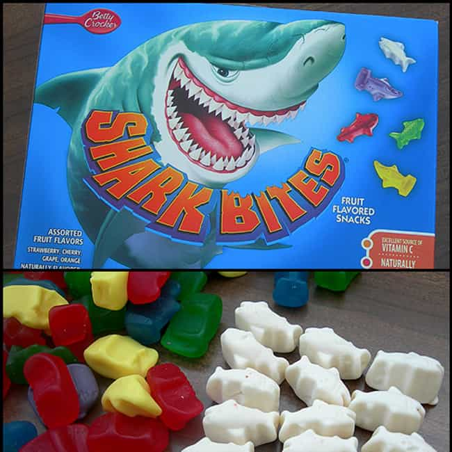Shark Bites is listed (or ranked) 2 on the list The Greatest Discontinued '90s Foods And Beverages