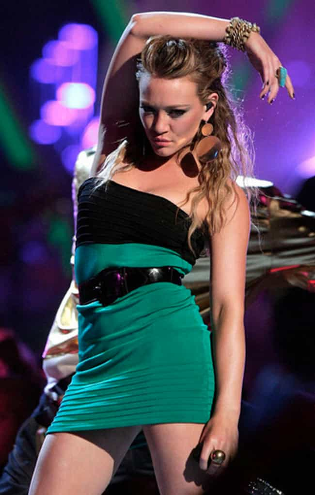 Sexy Hilary Duff Photos  Near-Nude Hilary Duff Pics Page 4-1432