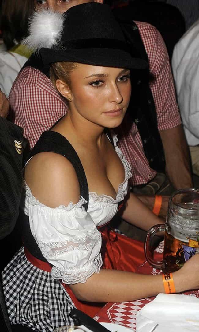 black-naked-girl-beerfest