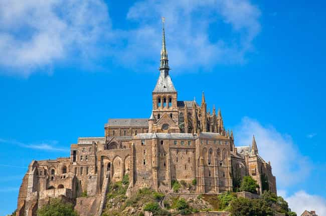 Mont Saint-Michel Castle is listed (or ranked) 8 on the list The Most Beautiful Buildings in the World