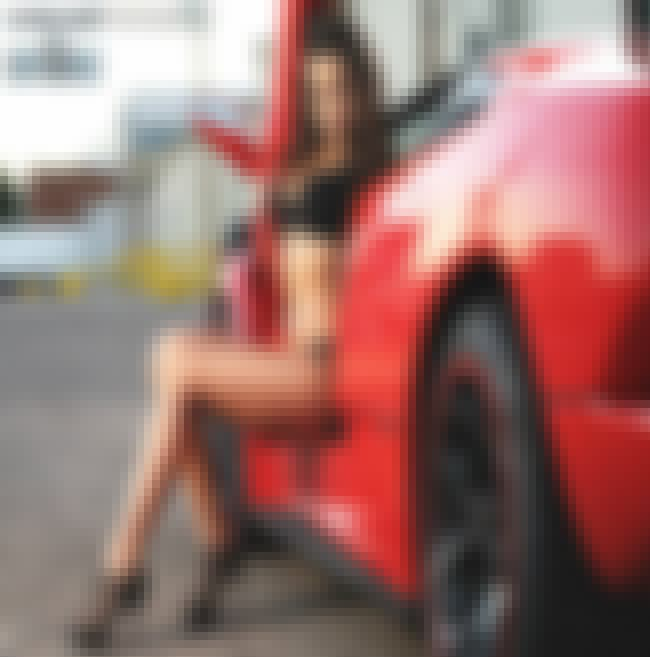 Lamborghini Diablo VT is listed (or ranked) 1 on the list Hot Girls With Sexy Cars-Which Combo Would You Want To Ride?