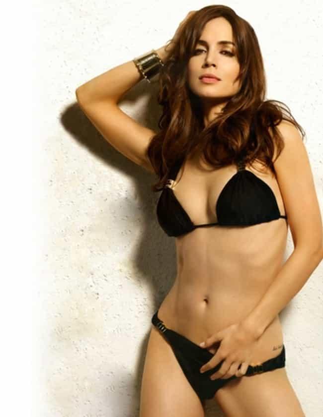 Teen hot eliza dushku naked pics