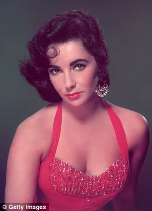 Hottest Elizabeth Taylor Photos