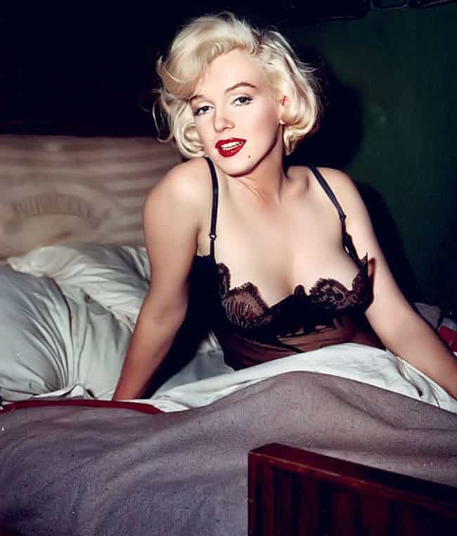 Yes, Marilyn Monroe Woke... is listed (or ranked) 1 on the list The Best Photos Of Marilyn Monroe