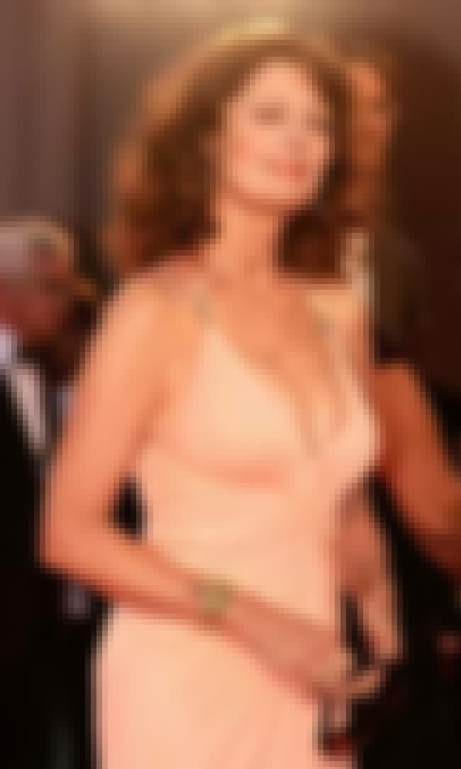 Susan Sarandon in Peach Dress is listed (or ranked) 4 on the list Hottest Susan Sarandon Photos