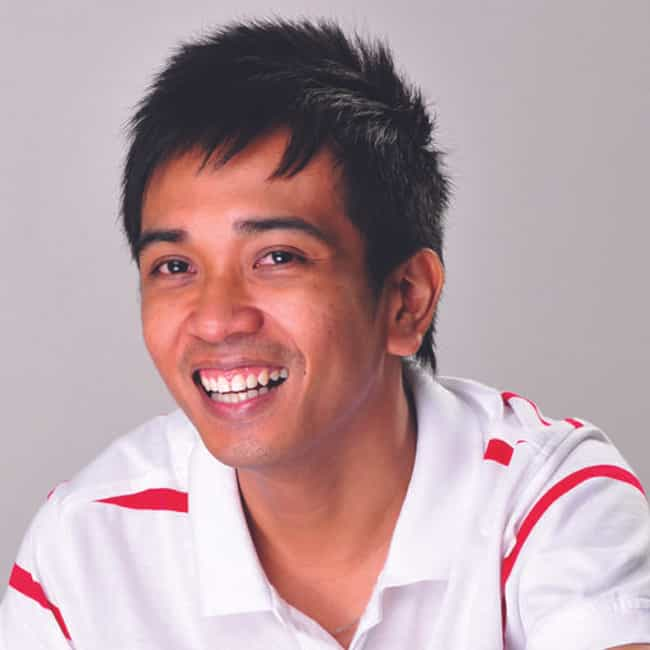 Lloyd Luna is listed (or ranked) 4 on the list Five Best Speakers/Trainers in the Philippines