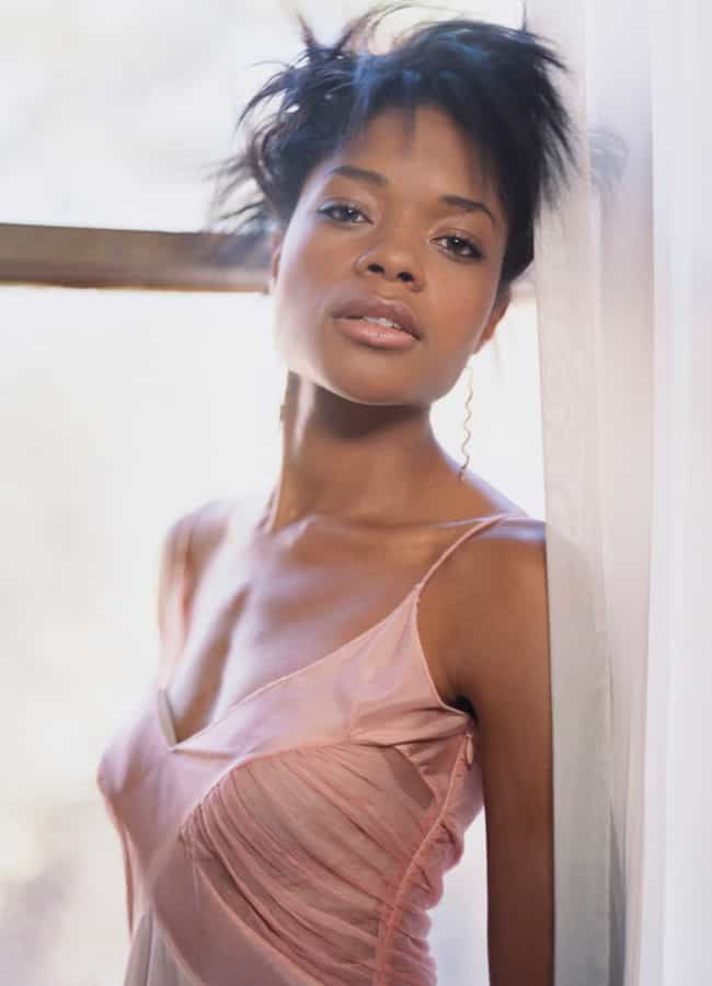 Hottest Naomie Harris Photos